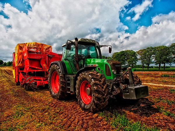 Corso di abilitazione trattori agricoli e forestali